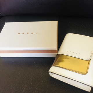 マルニ(Marni)の★MARNI 伊勢丹 限定カラー ミニ財布 バイカラー(財布)