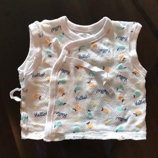 ニシマツヤ(西松屋)の新生児サイズ ベビー肌着(短肌着)5枚セット(肌着/下着)
