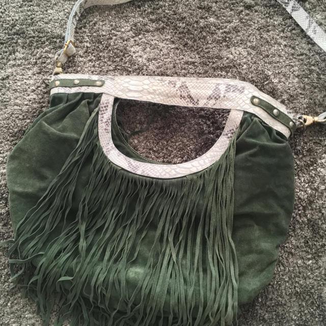 PAPILLONNER(パピヨネ)のりんかさま専用✨アルキミア (alchimia)  フリンジ スエード バッグ レディースのバッグ(トートバッグ)の商品写真