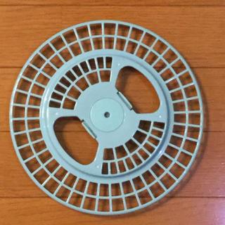 トウシバ(東芝)の東芝衣類乾燥機フィルターカバー中古 *値下げ(衣類乾燥機)