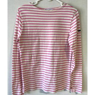 ピンクと白のボーダー Tシャツ