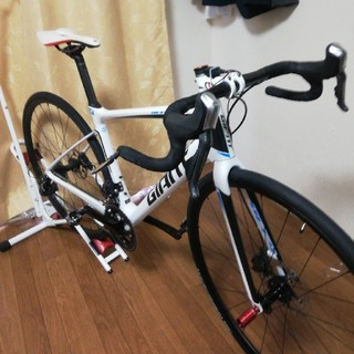 ジャイアント(Giant)のgiant defy advanced di2仕様 油圧電動ロードバイク(自転車本体)