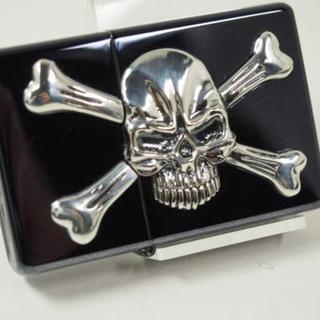 ジッポー(ZIPPO)のZippo Skull ドクロ ・メタル&クロスボーンスカル 銀黒ブラック(タバコグッズ)