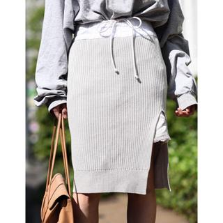 サカイラック(sacai luck)のsacai   luck 15awリブニットスカート(ひざ丈スカート)