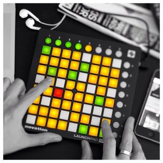 launchpad mini mk2 (大幅値下げ!)(MIDIコントローラー)