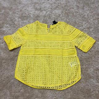 エイチアンドエム(H&M)のH&Mコットンレースイエロー半袖トップス☆32サイズ(カットソー(半袖/袖なし))