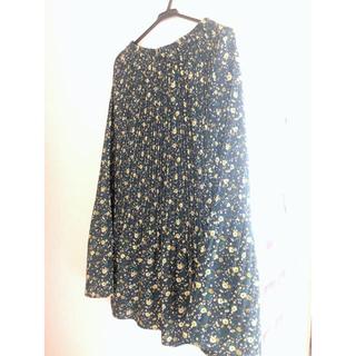 ローリーズファーム(LOWRYS FARM)のどきん様専用 LOWRYSFARM 花柄プリーツスカート&ラインニット(ロングスカート)