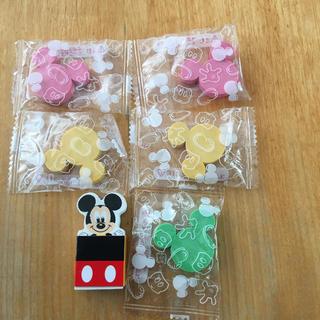 ディズニー(Disney)のミッキー型の消ゴム5個 ミッキー消しゴム (消しゴム/修正テープ)