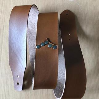 ギターストラップ  本革  サンドベージュ色  サンプル品(ストラップ)