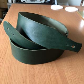 ギターストラップ  本革  グリーン色  サンプル品(ストラップ)