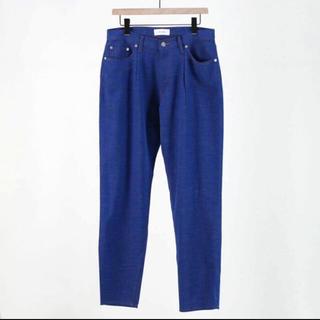 コモリ(COMOLI)のWELLDER onetack tapered trousers(スラックス)