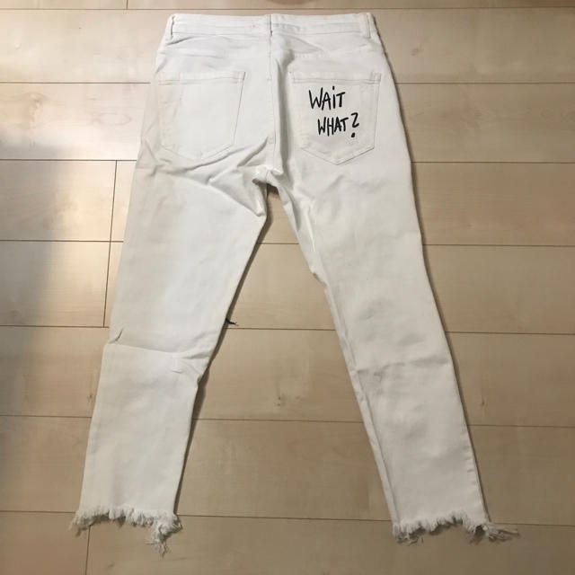 ZARA(ザラ)のザラ ホワイトダメージデニム ZARA MAN メンズのパンツ(デニム/ジーンズ)の商品写真