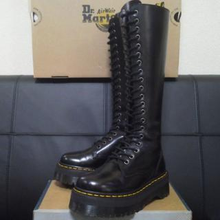 ドクターマーチン(Dr.Martens)の【専用】Dr.Martens BRITAIN UK3 黒 厚底 20ホール(ブーツ)