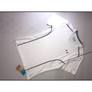 アンダーアーマー(UNDER ARMOUR)の10アンダーアーマーベントフィッティッドメッシュVネック半袖Tシャツヒートギア白(Tシャツ/カットソー(半袖/袖なし))