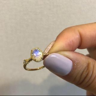 月末限定値下げ【希少】ブルームーンストーンとダイヤのK18大粒リング(リング(指輪))