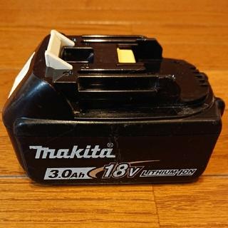 マキタ(Makita)の龍様専用     マキタ18V  3.0Ahバッテリー(バッテリー/充電器)