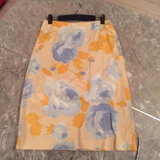 アスペジ(ASPESI)のスカート(ひざ丈スカート)