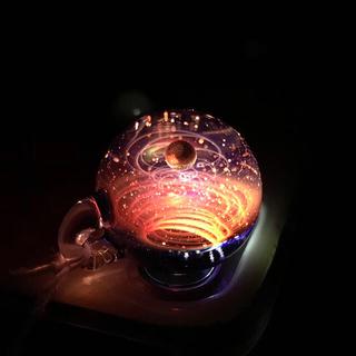 新品 宇宙ガラス +α  ペンダント ブラックオパール 赤 (ネックレス)