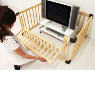 日本育児 - 木製ベビーサークル 扉付き 4枚セット  室内グッズ