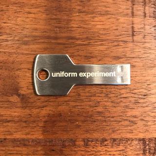 ユニフォームエクスペリメント(uniform experiment)のuniform experiment KEY USB(キーホルダー)