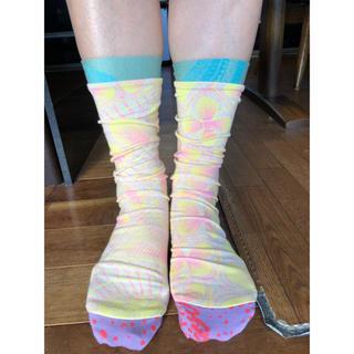 アッシュペーフランス(H.P.FRANCE)のおしゃれソックス Juana de arco ホォアナデアルコホットヨガ靴下(ソックス)