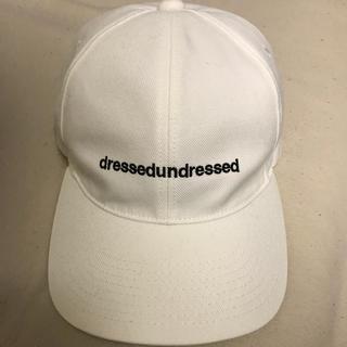 ドレスドアンドレスド(DRESSEDUNDRESSED)のdressedundressed(キャップ)