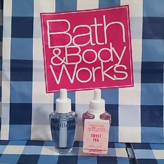 バスアンドボディーワークス(Bath & Body Works)のさーたん様専用 バスアンドボディワークス ウォールフラワー リフィル(アロマオイル)
