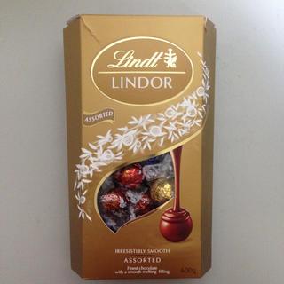 コストコ(コストコ)のリンツ リンドール チョコレート アソート コストコ(菓子/デザート)
