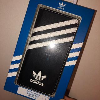 アディダス(adidas)のアディダスiPhoneケース 黒 手帳型(iPhoneケース)