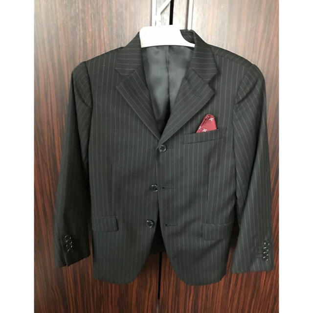 eb79389b1249c BeBe - BeBe 男の子 スーツ 120㎝ 3点セットの通販 by an760 ベベならラクマ
