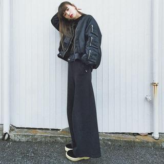 ジーヴィジーヴィ(G.V.G.V.)のAサマ専用♡鈴木えみちゃん私服♡catcopy♡ma-1♡ブラック♡(ブルゾン)