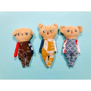 ミナペルホネン(mina perhonen)の「わんっ」新入りさん ミナペルホネン  人形 ぬいぐるみ ドールチャーム (ぬいぐるみ)