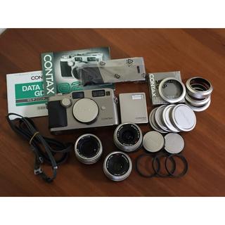 キョウセラ(京セラ)のコンタックスG2D 新品裏蓋 レンズ3本 ストロボほかセット(フィルムカメラ)