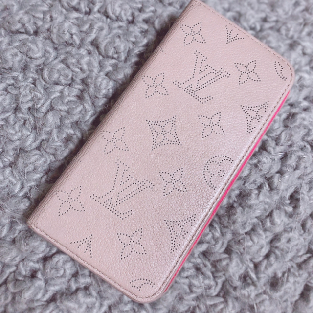 LOUIS VUITTON - VUITTON iPhone8plus の通販 by ajuhime0810's shop|ルイヴィトンならラクマ