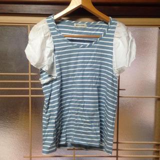 カスタネ(Kastane)のカスタネボーダー袖フリルTシャツ(シャツ/ブラウス(半袖/袖なし))