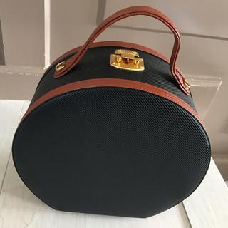 ボッテガヴェネタ(Bottega Veneta)のBottega Veneta アンティーク 円形鞄(ハンドバッグ)