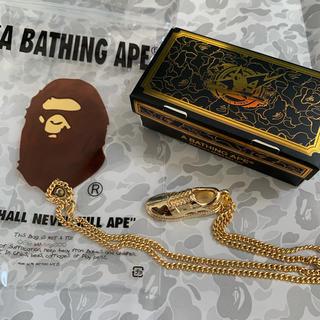 アベイシングエイプ(A BATHING APE)のABATHINGAPE☆エイプ非売品会員限定BAPESTA型ネックレス新品未使用(ネックレス)