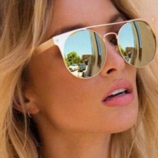 クエイアイウェアオーストラリア(Quay Eyeware Australia)の訳あり クアイ オーストリア サングラス ゴールド ミラー ラウンド(サングラス/メガネ)
