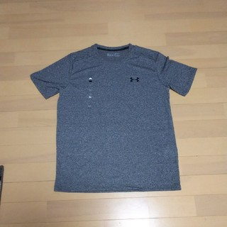 アンダーアーマー(UNDER ARMOUR)のアンダーアーマー新作 ワンポイントTシャツ ヒートギア夏用スレッドボーンTシャツ(Tシャツ/カットソー(半袖/袖なし))