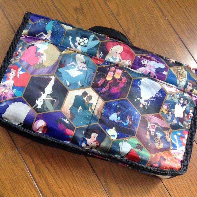 しまむら(シマムラ)のディズニー しまむら ポーチ バッグ エンタメ/ホビーのおもちゃ/ぬいぐるみ(キャラクターグッズ)の商品写真