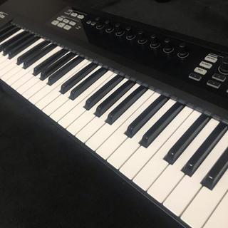 KOMPLETE KONTROL S61 *KOMPLETE SELECT付属(MIDIコントローラー)