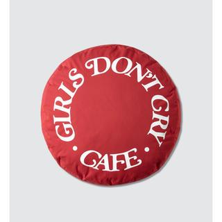 シュプリーム(Supreme)の限定!!GIRLS DON'T CRY X HYPE FEST クッション(クッション)