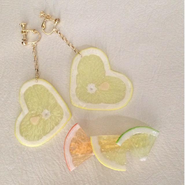 a0d0044db37aa8 ハートレモン♡ピアス レディースのアクセサリー(ピアス)の商品写真