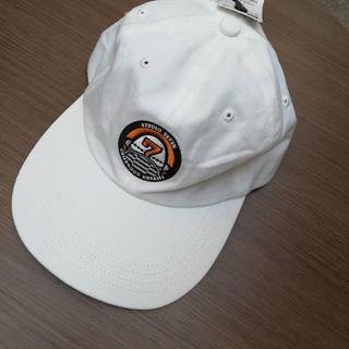 ジーユー(GU)のNAOTOコラボ帽子(キャップ)