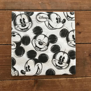 ディズニー(Disney)のDisney ミッキーマウス ペーパーナフキン 10枚(33×33)(テーブル用品)