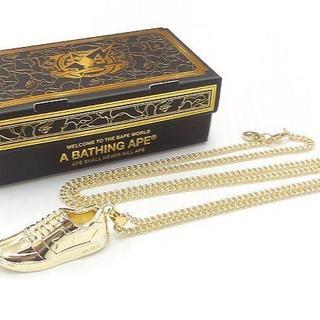 アベイシングエイプ(A BATHING APE)のエイプ APE ゴールド会員限定 BAPESTA ネックレス(ネックレス)