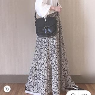 シマムラ(しまむら)のしまむら 花柄 スカート ミモレ丈 マキシ (ロングスカート)