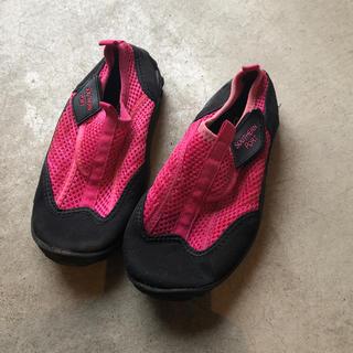 靴(アウトドアシューズ)