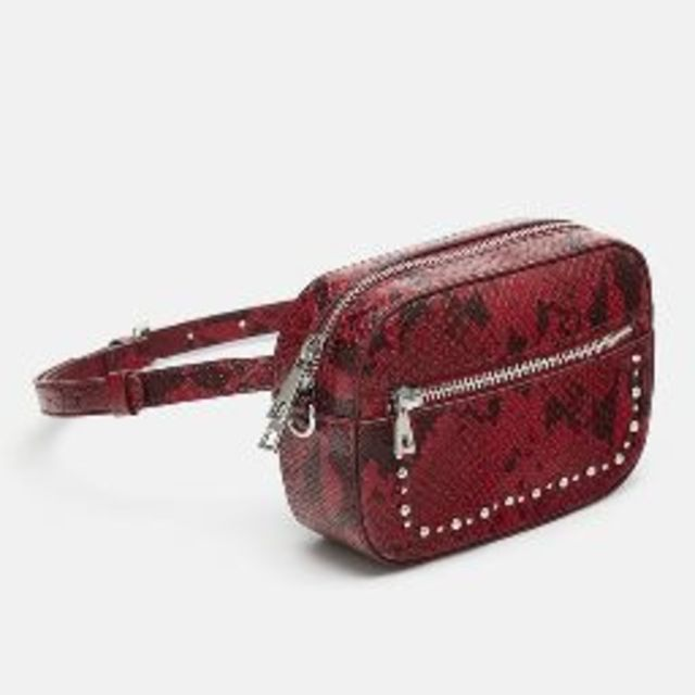 ZARA(ザラ)の新品 完売品 ZARA スタッズ付き 2WAY ウエスト バッグ RD レディースのバッグ(ボディバッグ/ウエストポーチ)の商品写真