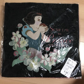 ディズニー(Disney)の【定価以下】白雪姫♡クッションカバー(クッションカバー)